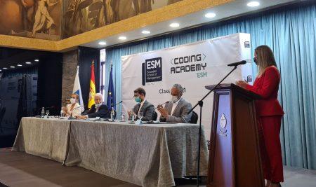ESM Tenerife celebra el acto de Graduación 2021 con la imposición de becas a más de 50 estudiantes